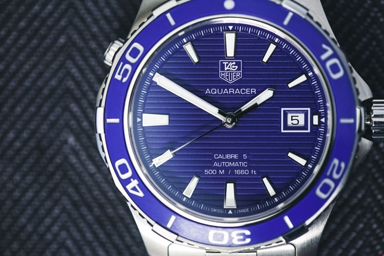 tag heuer aquaracer calibre 5 blue dial