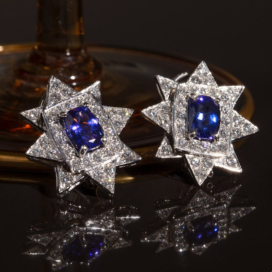 Tanzanite 18K white gold and diamond star earrings