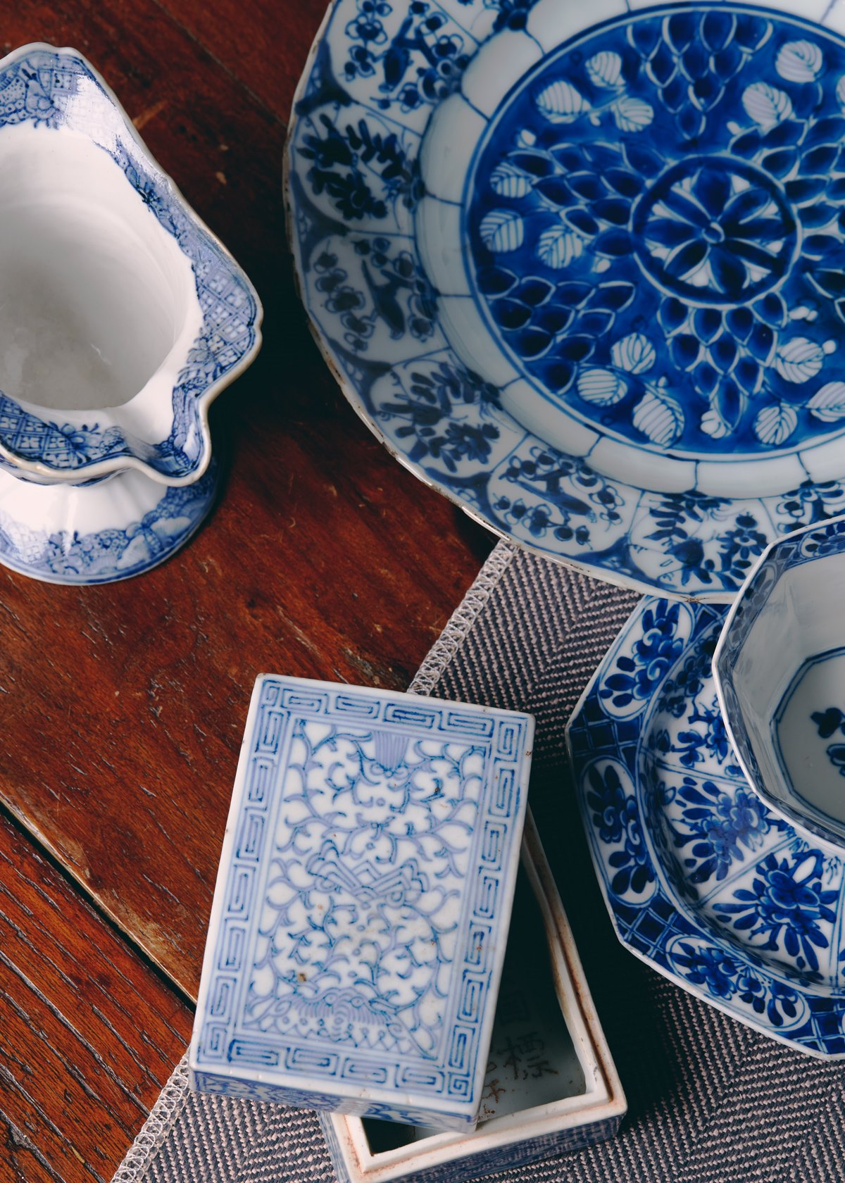 An experts guide to Buying Chinese Blue & White Porcelain
