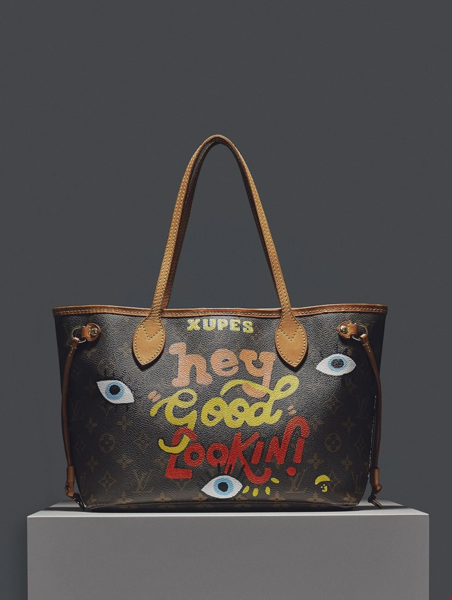 XUPES X YEAR ZERO LONDON HAND-PAINTED 'HEY GOOD LOOKIN' BROWN MONOGRAM COATED CANVAS NEVERFULL