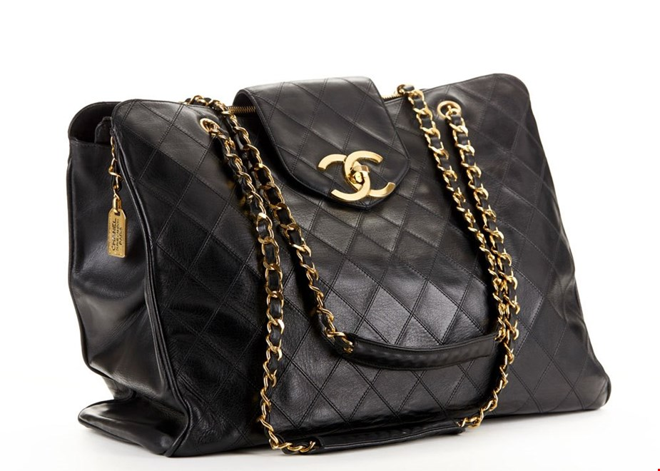4af57b8fbc1b Chanel Jumbo Supermodel Tote: Product of the Week | Handbags | Xupes